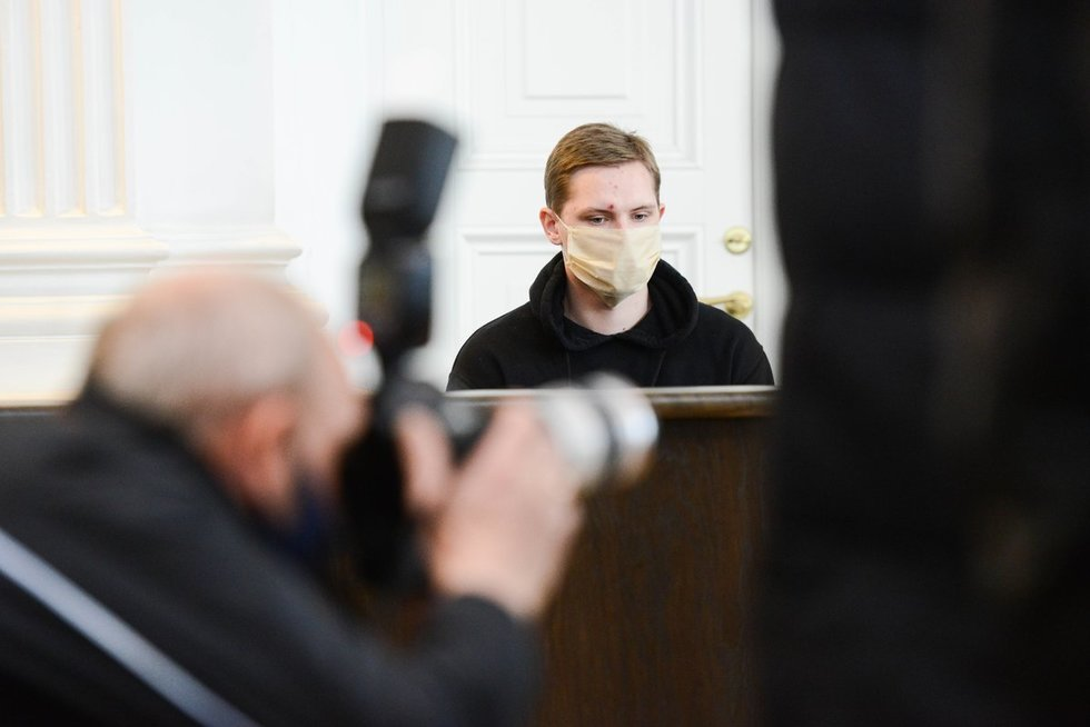 Sprogdinimą Vilniuje įvykdyti siekęs 21-erių studentas siunčiamas už grotų (nuotr. Justinas Auškelis/Fotodiena)