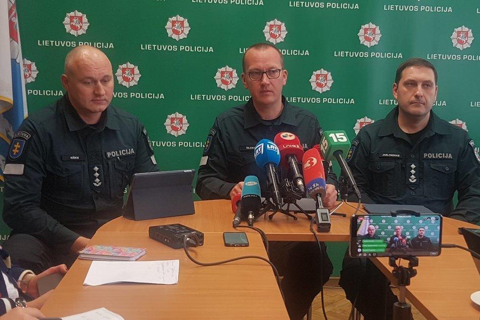 Spaudos konferencija dėl sulaikytų asmenų (nuotr. TV3)