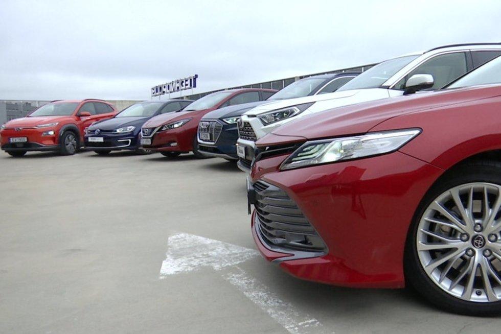 Nauji automobiliai (nuotr. stop kadras)