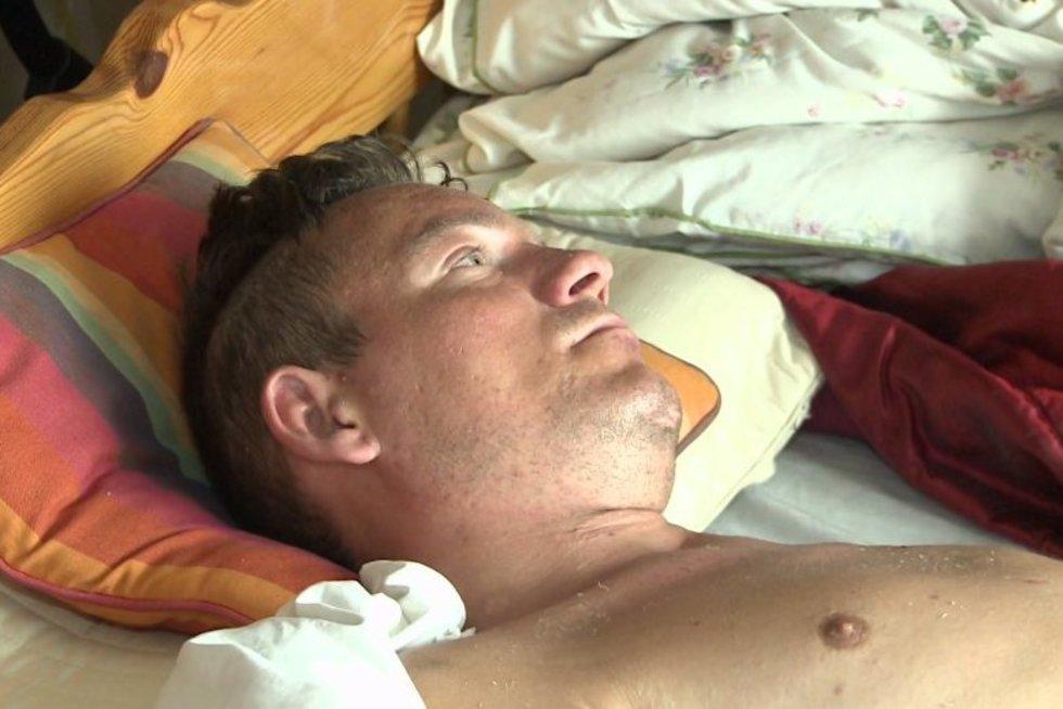 Nelaimingas atsitikimas Anglijoje vyrą pavertė daržove: dar vieną smūgį sudavė valstybė