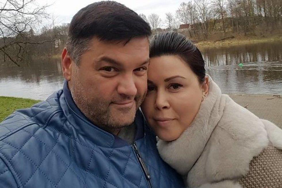 """Vitalijus Cololo su žmona  (nuotr. asmeninio albumo (""""Facebook"""")"""