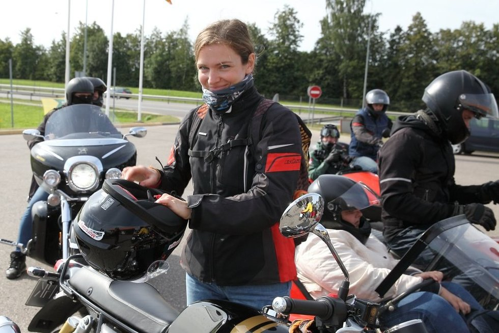"""Trečią kartą surengta neregių ir motociklininkų akcija """"Mane veža 2019"""". Mariaus Matulevičiaus nuotr."""