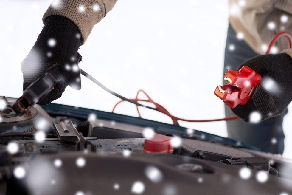 Vairuotojų problemos žiemą (nuotr. 123rf.com)