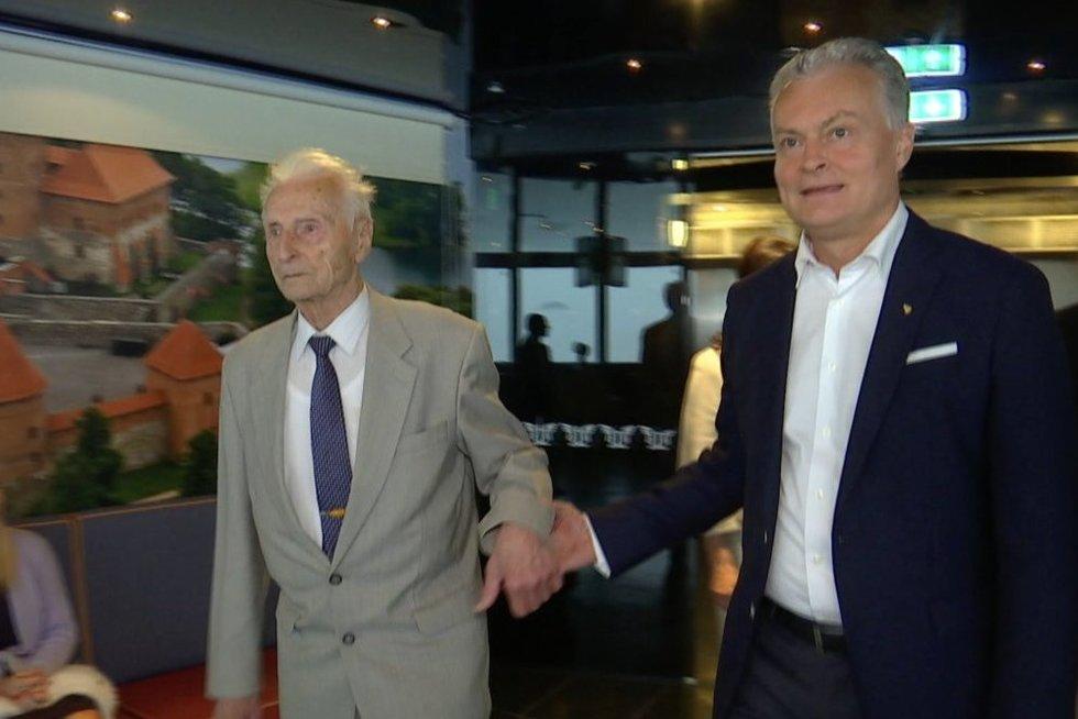 Antanas Nausėda ir Gitanas Nausėda (nuotr. stop kadras)
