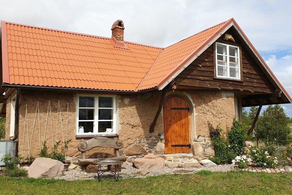 Namas iš molio (nuotr. Raimundas Maslauskas)