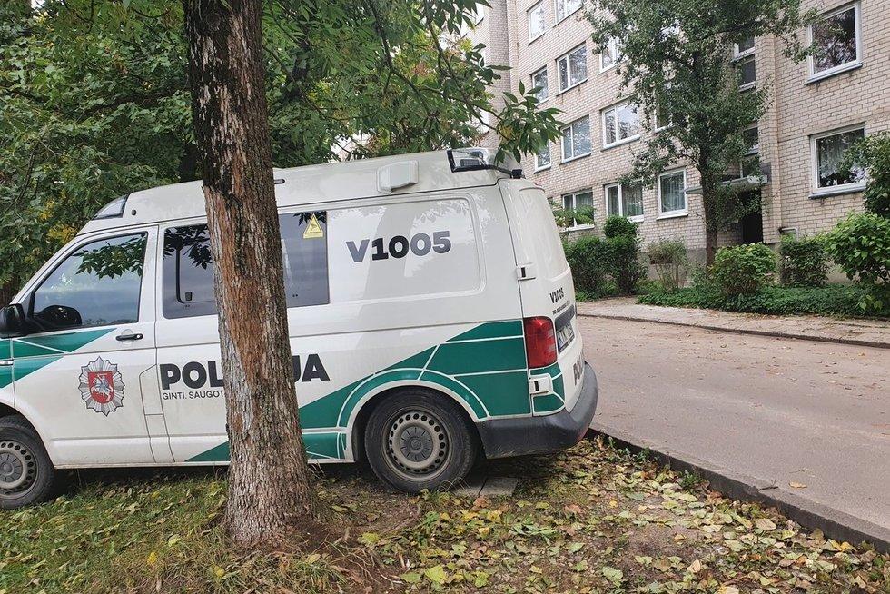 Vilniuje bute rastas miręs vyras – šalia buvo tik 8-erių metų mergaitė (nuotr. Broniaus Jablonsko)