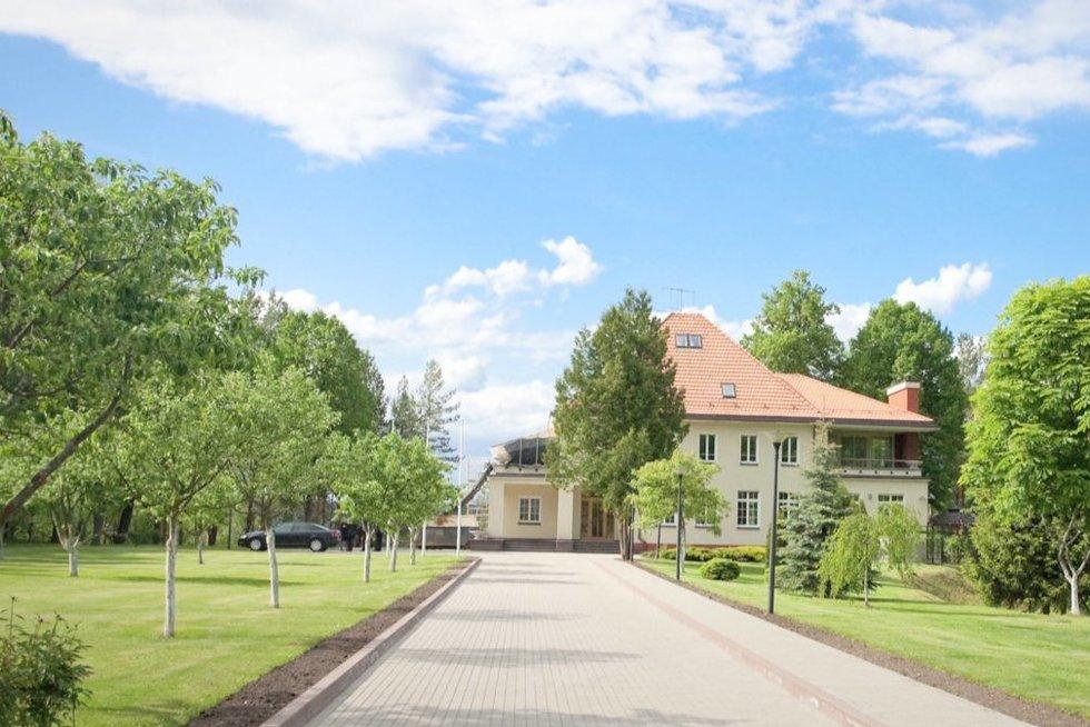 Rezidencija (nuotr. stop kadras)