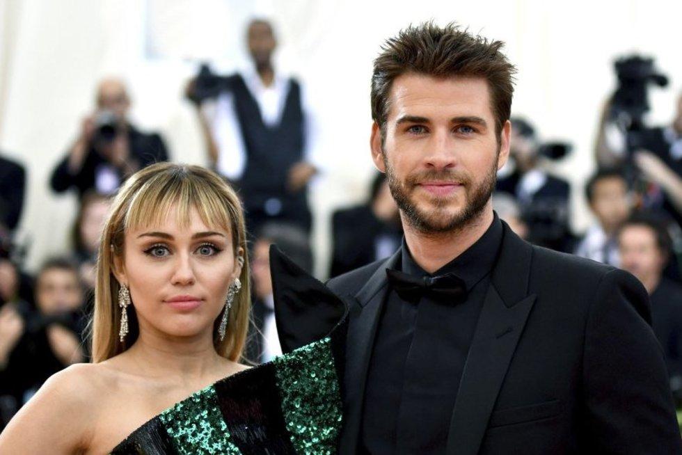 Miley Cyrus ir jos vyras (nuotr. SCANPIX)